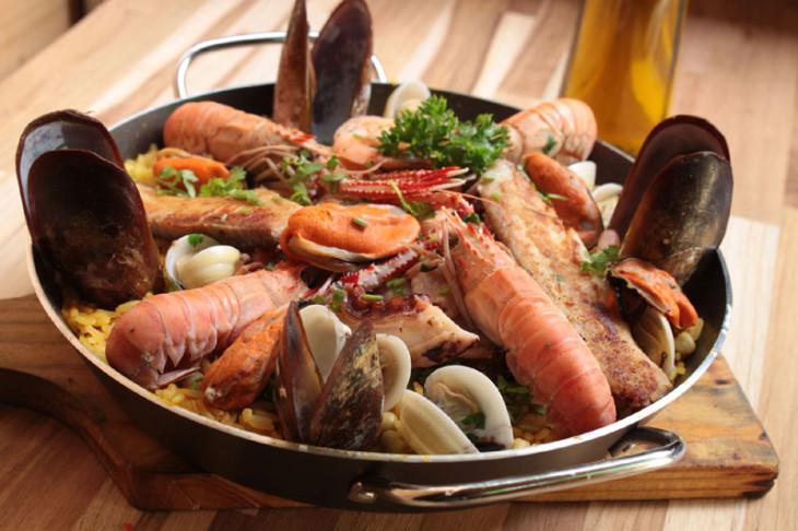Una Pentola Un Piatto La Paella Giemme Gastronomia Mediterranea