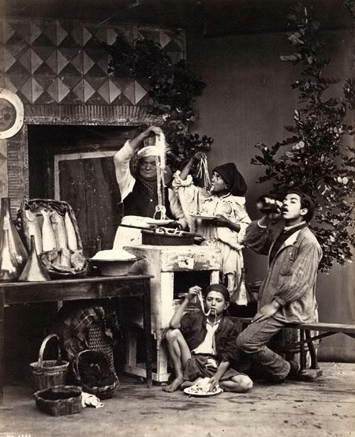 Giorgio Sommer – Spaghetti eaters (prima del 1886)