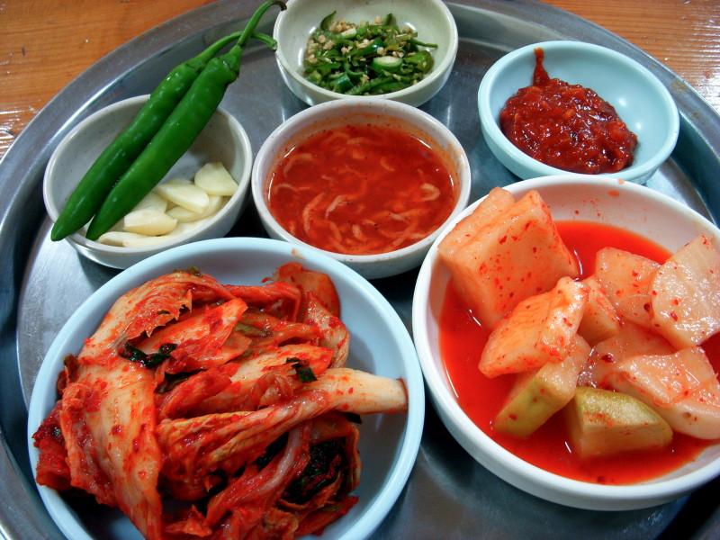 Korean.cuisine-Kimchi-Jeotgal-01