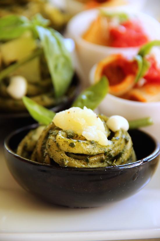 Linguine Faella al pesto genovese, preparate dallo chef Vincenzo Piacente- Hotel Parco dei Principi di Sorrento