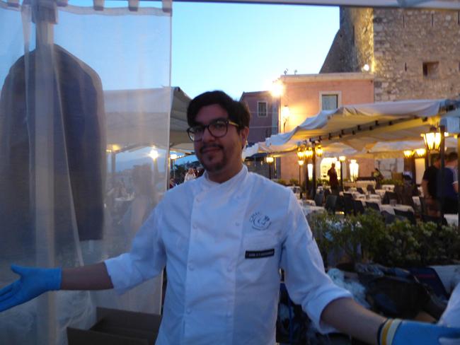 """Cibo Nostrum. Beppe Bonsignore del ristorante <a href=""""http://www.losteeilsacrestano.it/"""" target=""""_blank"""" rel=""""noopener noreferrer"""">L'Oste e il Sacrestano </a>di Licata"""