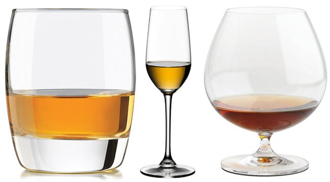 Bicchieri da tequila: tumbler, flûte, balloon
