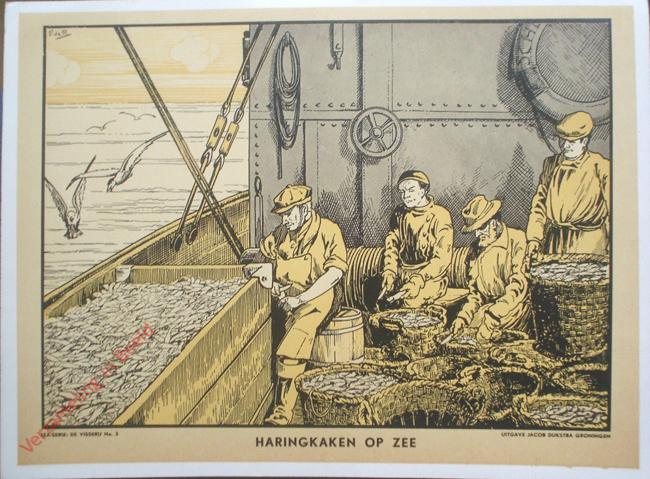 Pescatori impegnati a pulire le aringhe in una stampa degli anni '30