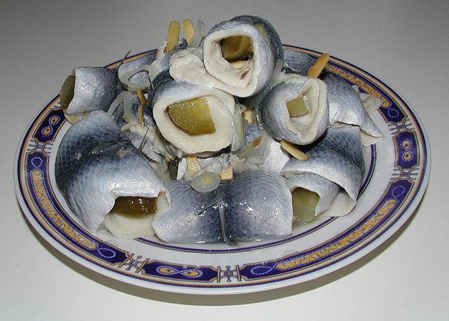 Rolmops, aringhe sott'aceto. Foto: Ra Boe, CC-BY-SA-3.0